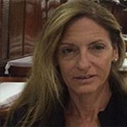 פרופ' אדריאנה קמפ